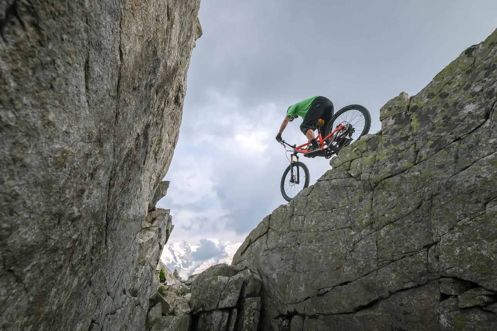 MTB mountain bikng in the alps